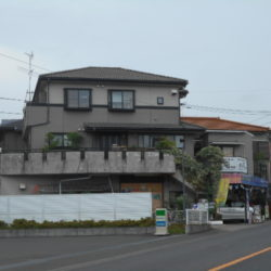 1階作業場か店舗に使用可能、2階・3階住居